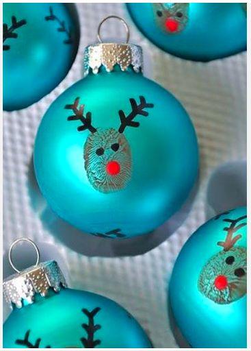 DIY Weihnachtsbaumkugeln - christmas tree bauble (fingerprint plus edding pen)