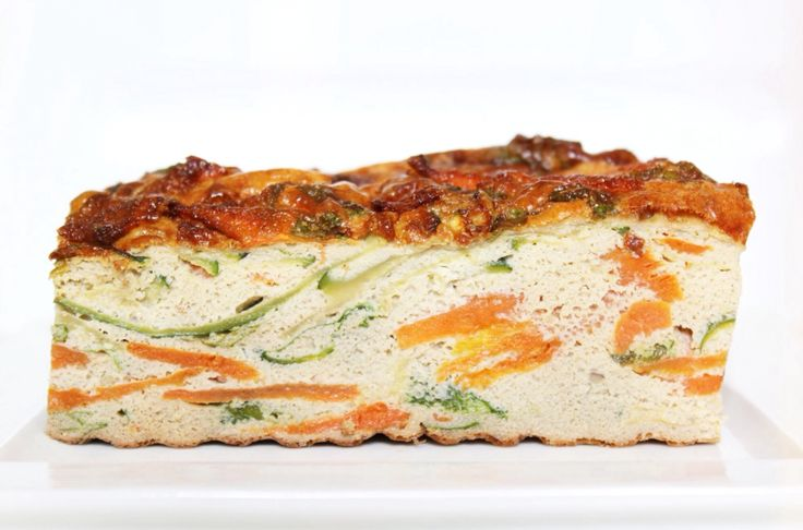 Carrot Zucchini and Cilantro #Egg bake . Wortel, Courgette en #Ei brood . noreshen.com