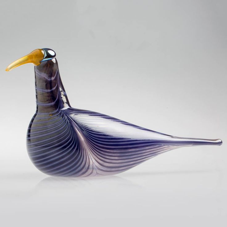 2017, Oiva Toikka, Purple Curlew, one-of-a-kind, blown during the event in the Corning Museum of Glass, Corning, NY in September 2017 (Photo: CMOG)