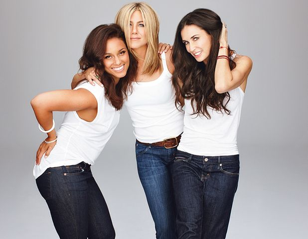 Glamour Interview: Jennifer Aniston, Demi Moore and Alicia Keys Talk!      Read More http://www.glamour.com/health-fitness/2011/09/glamour-interview-jennifer-aniston-demi-moore-and-alicia-keys-talk#ixzz1WZYE8hPl: A Mini-Saia Jeans, Jennifer Aniston, Alicia Keys, Demimoore, T Shirts, New Hairs Color, Long Bobs Haircuts, Jenniferaniston, Demi Moore