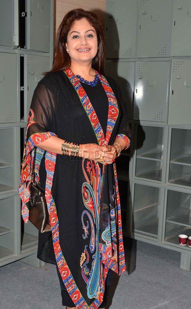 Ayesha Jhulka at 'Jo Jeeta Wohi Sikandar' reunion. #Bollywood #Fashion #Style #Beauty #Hot #Ethnic
