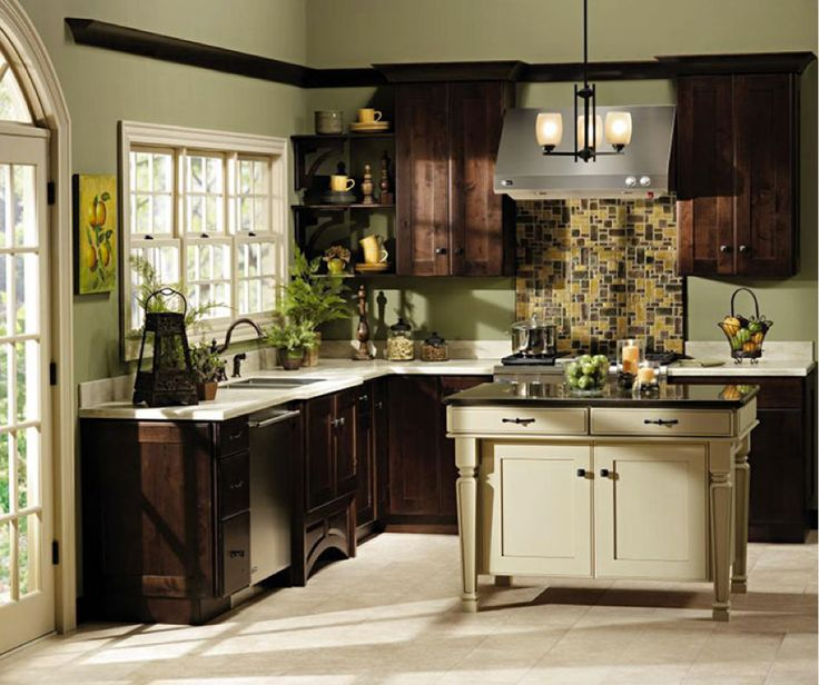 These Shaker Style Kitchen Cabinets Have A Warm, Transitional Feel With The  Rich Rustic Alder Wood.