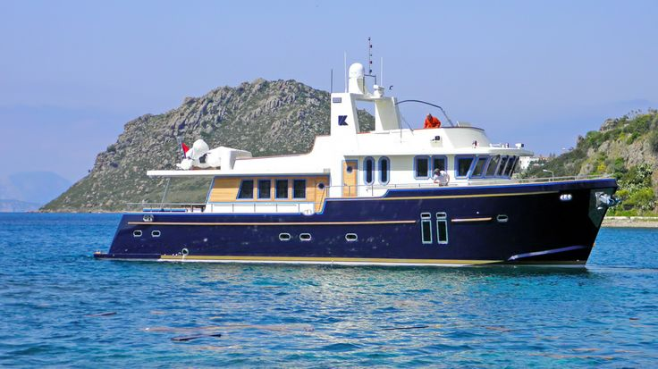 Bandido is a 2011-built motor yacht based in Bodrum. She is 23m long and 6.5m wide, cruising at approx. 12kts/hr. She sleeps up to 6 guests in  3 double bedded, air conditioned cabins. English speaking, 4 experienced crew will be serving the guests throughout the cruise.