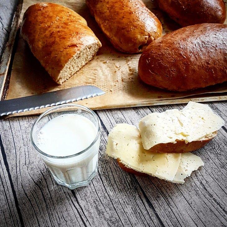 Inte det nyttigaste brödet men väldigt gott. Limpa som jag minns att det smakade när jag var liten.