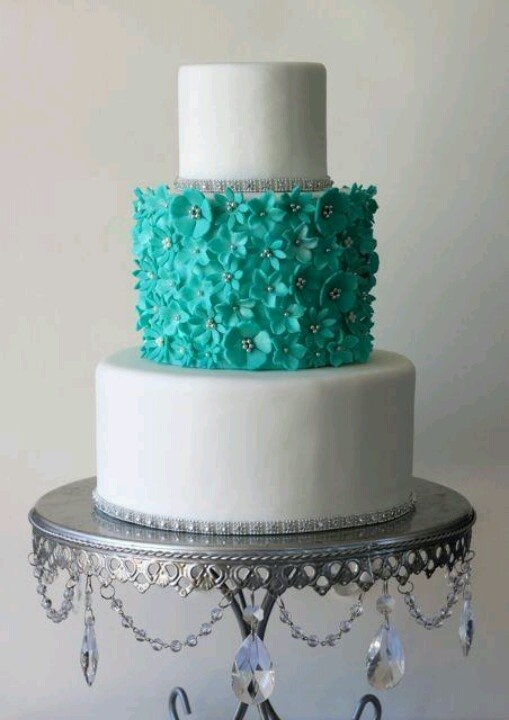 Aqua and crytal and fondant flowers cakes pinterest for Beautiful cake stands