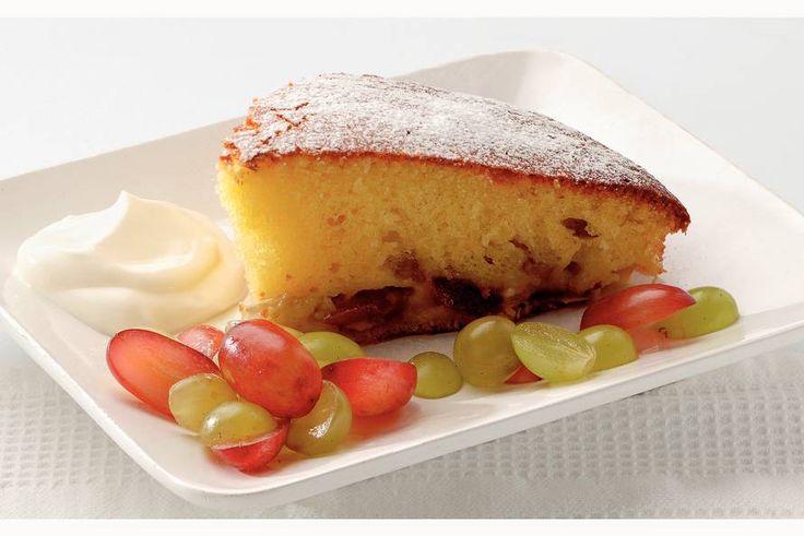 Kijk wat een lekker recept ik heb gevonden op Allerhande! Cake met verse druiven en crème fraîche