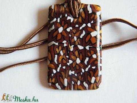 Csokivirág medál süthető gyurmából (Molma) - Meska.hu