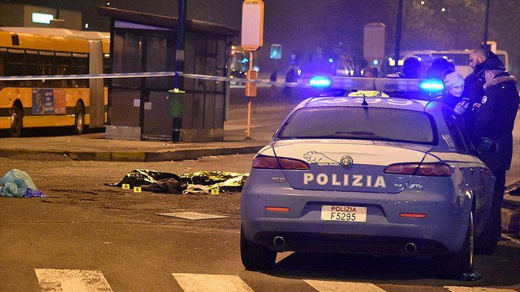 Le gouvernement allemand aurait envisagé d'honorer les deux policiers italiens qui ont abattu l'auteur du carnage du marché de Noël à Berlin. Problème : les profils sociaux des deux fonctionnaires sont truffés de références au fascisme et au nazisme.