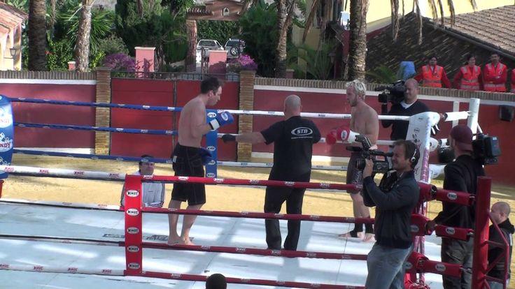 RaSZi vs ElkY Kickboxing Match (HD)