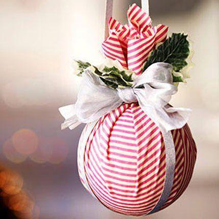 Boule de Noël en tissu