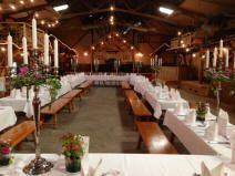 Hochzeit Bauernhof Scheunenhochzeit in DER Hochzeitsscheune Uhlandhof im Raum Bad Boll im Voralbgebiet zwischen Kirchheim, Ulm und Göppingen
