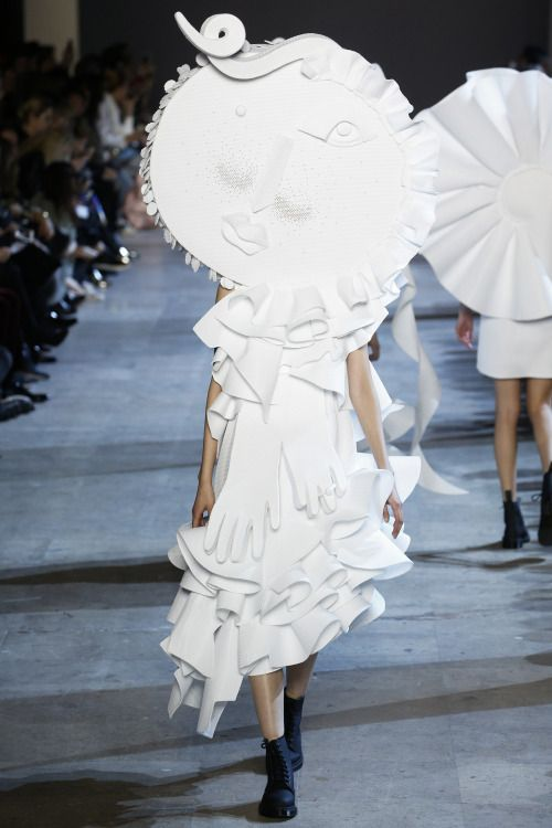 [The Power of Production] Victor & Rolf, Spring 2016 Couture | To me, the craft of a garment draws so many parallels with advertising: fit, length, detail, and movement are used to evaluate copy on a layout like gowns on a runway. Here, Victor & Rolf's surrealism, like any compelling ad, challenges our perception of what is art.