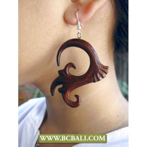 Wholesale Natural Wooden Ear Carved - bali shop jewellry wooden earring carving, handmade fashion earring wooden carved, natural wooden bali earring carving made in bali indonesia