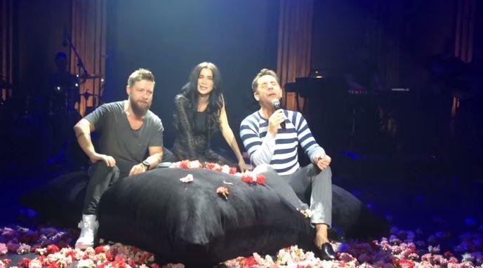 Γιώργος Μαζωνάκης, Πάολα & Γιάννης Βαρδής τραγούδησαν μαζί στην Πύλη Αξιού (βίντεο)
