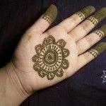 Simple Mehndi Designs For Women