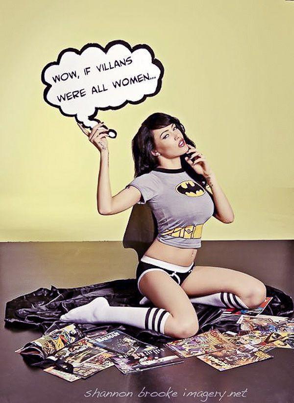 sexy-geek-girl-batman-cute-18