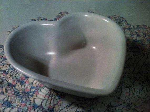 Pfaltzgraff GAZEBO WHITE Heart Shaped Bowl by BlueLacyNostalgia