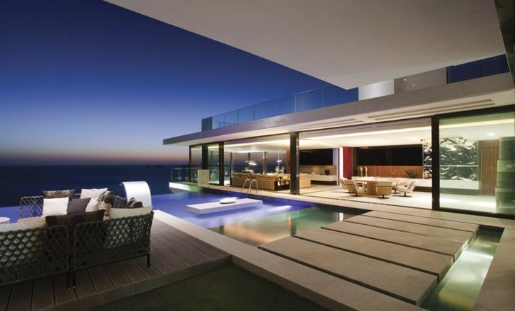 dakar house 30 Spectacular Modern Glass Facades Presented on Freshome