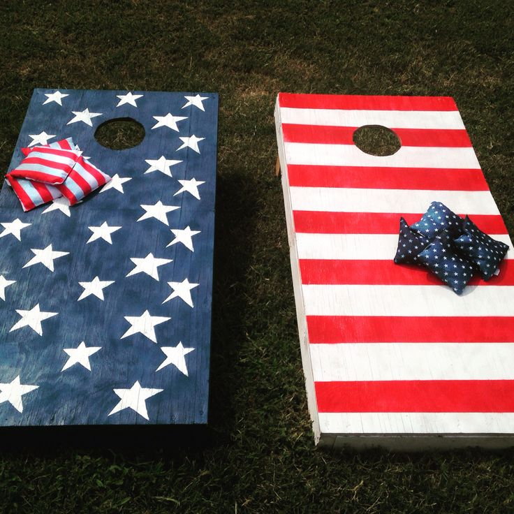 american painted corn hole boards with coordinating bags - Cornhole Design Ideas