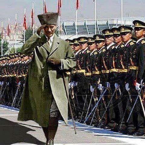 Atatürk ve Cumhuriyet sevdalılarına,  ASKERE SAHİP ÇIKIN…