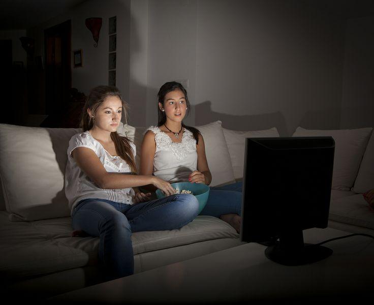 А Вы, когда смотрите телевизор, что едите?  #пятница #анкета #опрос #вопрос #мнение #еда #перекус #телевизор #отдых #фильм #Казахстан #Рамстор #astana #almaty #ramstore #ramstor