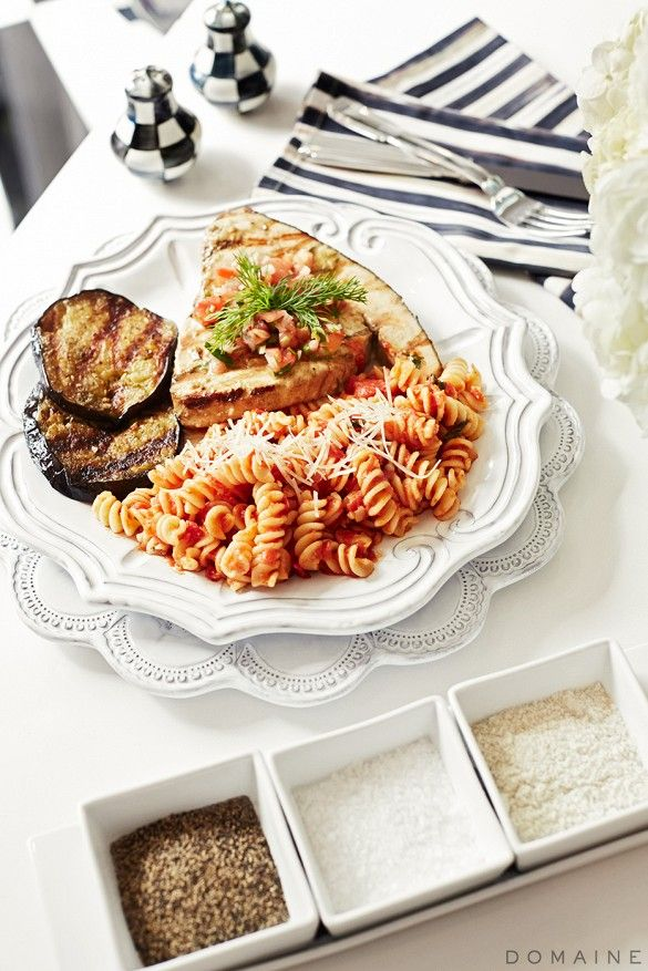 Kris Jenner Cooks A Family Dinner at Home via @domainehome With @vietriinc Incanto Dinnerware!