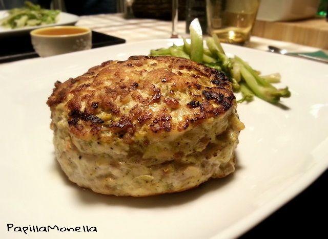 Hamburger+di+pollo+con+sorpresa+e+cuore+cremoso