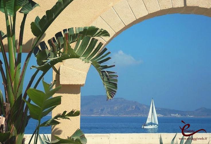 Isola di Favignana, Sicilia www.eviaggiweb.it #èviaggi #èviaggiweb #eviaggi #eviaggiweb #turismo #vacanze #divertimento