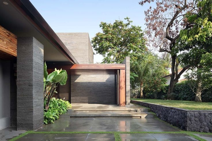 Gallery of Diminished House / Wahana Architects - 3