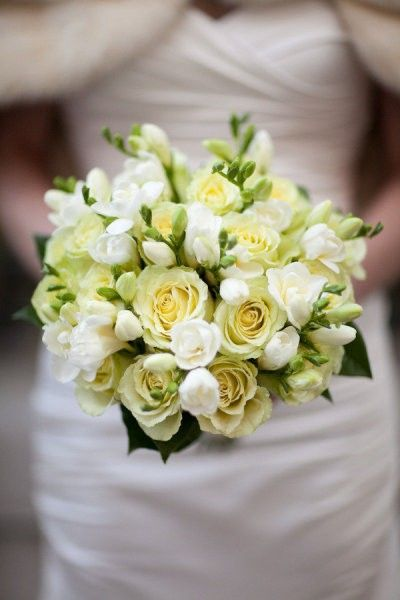 Pozytywne Inspiracje Ślubne: Bukiety ślubne - róże frezje