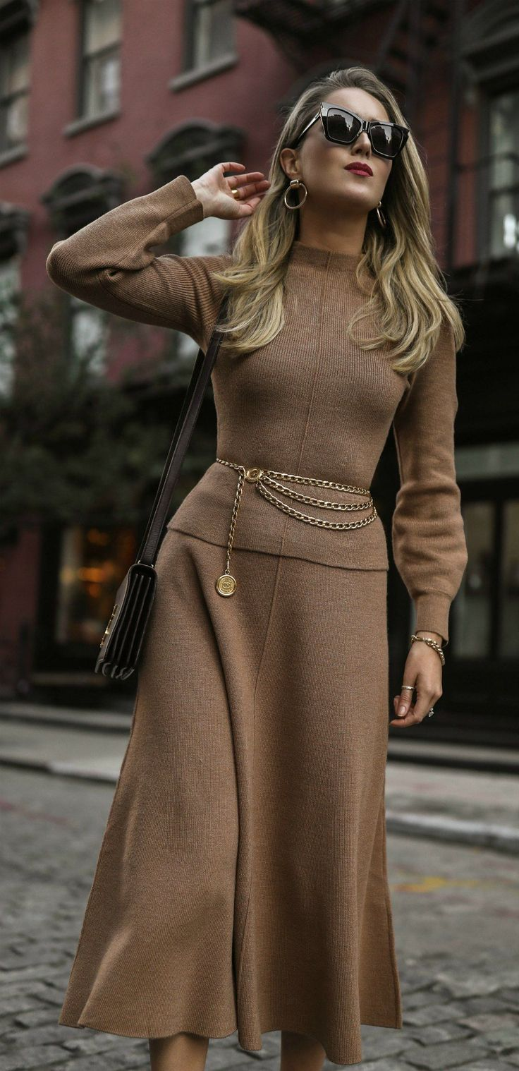 Fashion style Love chanel day 15: miss taupe for woman