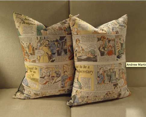 Подушка с печатью: Пока ты спишь, он раздает. Или типа того. Или подушка для отдыха на работе.