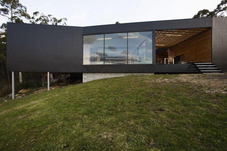 Allens Rivulet House | Tasmania, Australia | Designed by Room11 | photo by Ben Hosking