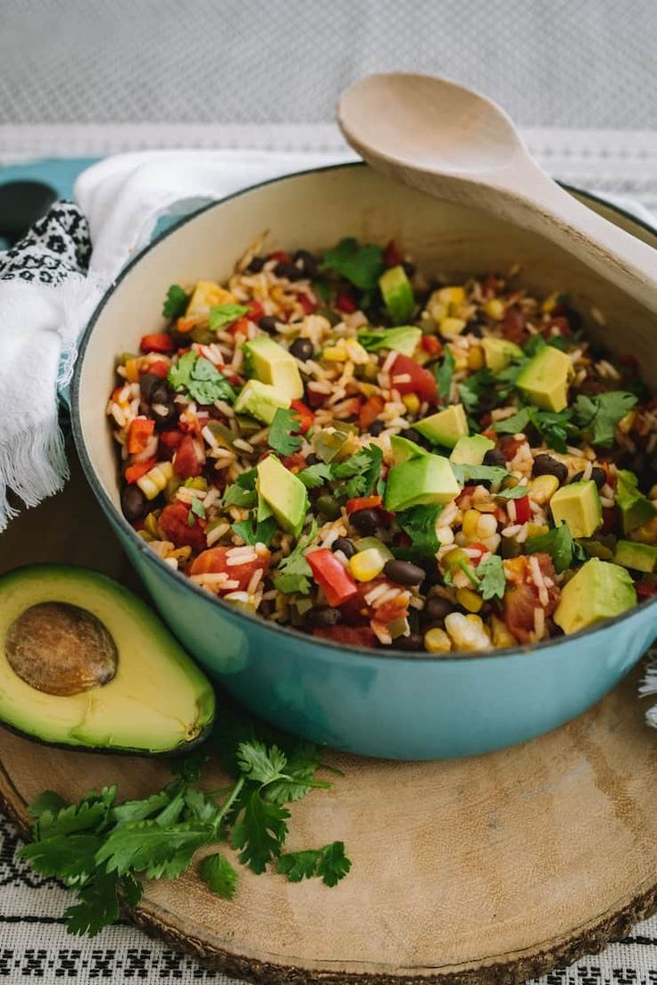 One-Pot Southwestern Rice - Muy Bueno Cookbook Side Recipes, Veggie Recipes, Mexican Food Recipes, Ethnic Recipes, Mexican Dinners, Mexican Menu, Mexican Night, Veggie Meals, Dinner Entrees