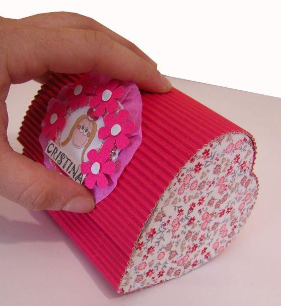 Cajas de carton corrugado decoradas buscar con google for Cajas de carton decoradas