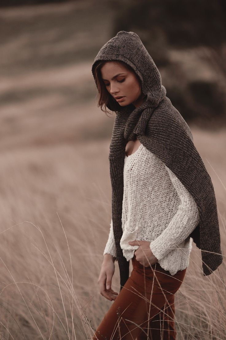 Aliah Knit Snow with Caia Hooded Cardigan Dusk & Army Pants in Tan