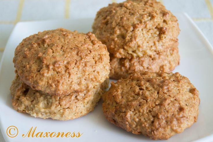 Овсяные печенья с яблочным соусом и кленовым сиропом