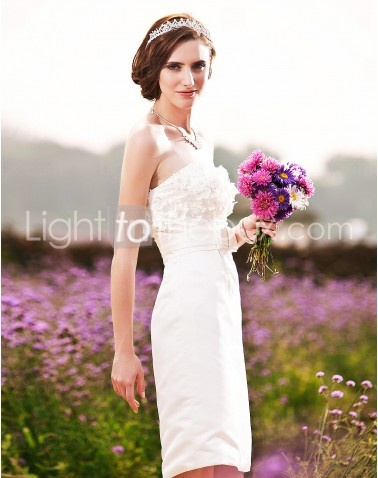 Strapless Knee-length Sheath/Column Wedding Dresses With Draped