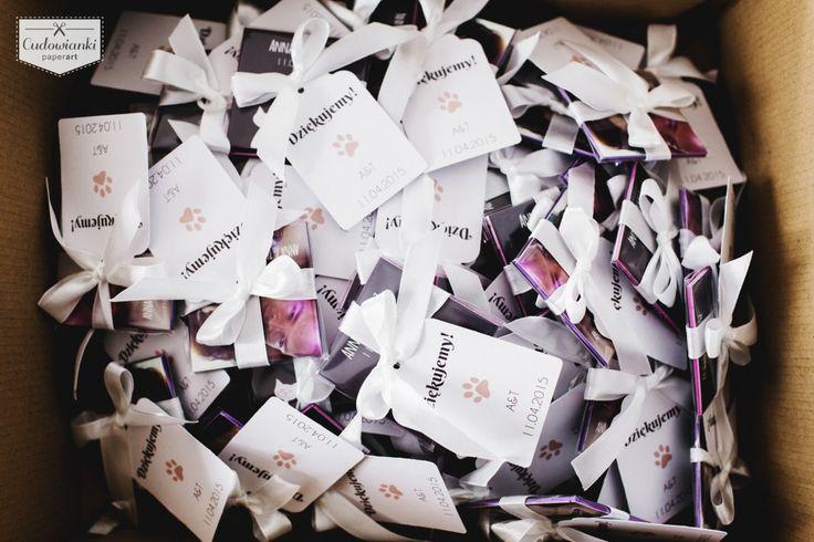 Looking for wedding favors that your guests will want to stash?Wedding thank-you gifts for parents or guests. Magnet with a photo and thanke-you label. / Świetny pomysł na prezent dla Twoich gości weselnych. Magnes ze zdjęciem i etykietką.