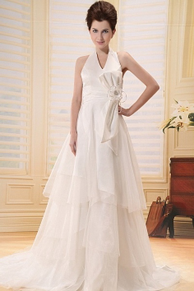 Organza Modern Halter Bridal Dresses wr0320 - http://www.weddingrobe.co.uk/organza-modern-halter-bridal-dresses-wr0320.html - NECKLINE: Halter. FABRIC: Organza. SLEEVE: Sleeveless. COLOR: Ivory. SILHOUETTE: A-Line. - 146.59