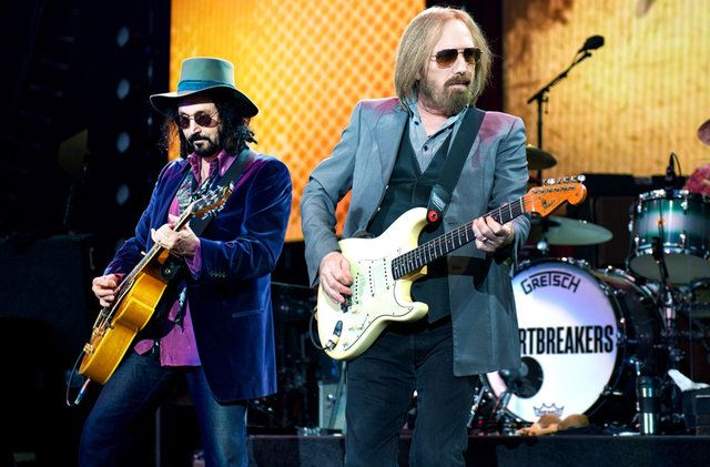 Photos, Videos: Tom Petty & The Heartbreakers Celebrated 40 Years At Forest Hills Stadium: Gothamist