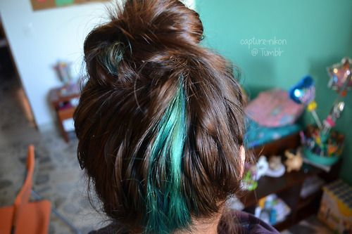 Aqua looks amazing in brown hair. My hair is going to look like this, I have brown hair but I mean the aqua :)