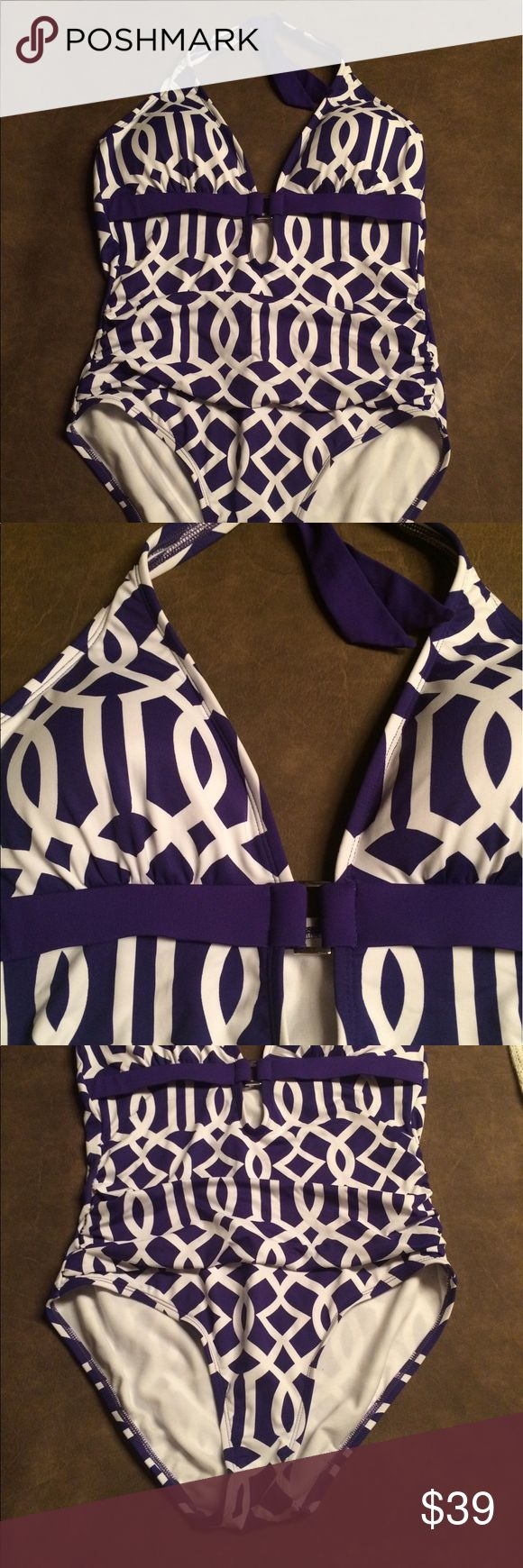 🏖Liz Claiborne swimsuit in Purple and White🏖 Beautiful and flattering suit. Never worn out - just tried on. Super cute. Lightly padded top. Halter cut top. Liz Claiborne Swim One Pieces