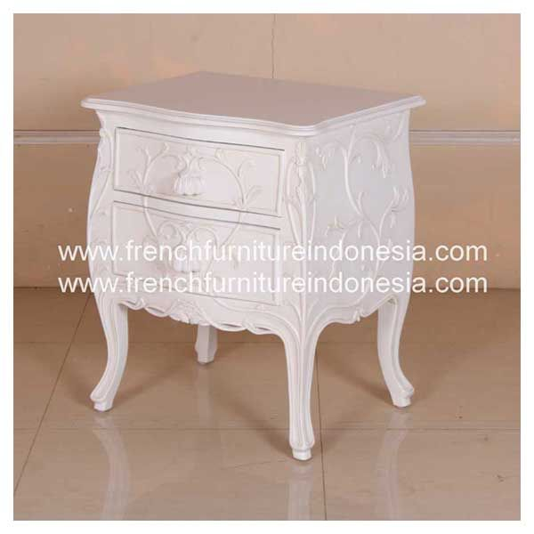 Buy Louis XV Floweret Bell Bedside 2 Drawers from Indonesia Antique Furniture. We are reproduction furniture 100 % export furniture manufacturer specialist french furniture design with antique finish. #WhiteFurniture #IndonesiaFurniture #IndustrialFurniture #FurnitureWarehouse #JeparaFurniture
