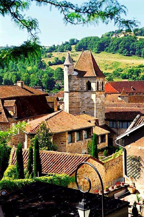 Le petit village de Figeac dans le département du Lot.