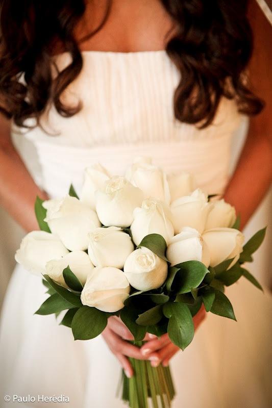 Rosas brancas                                                                                                                                                                                 Mais