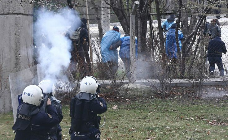 11.03.2014 Middle East Technical University (ODTU) Ankara. Police try headshot!