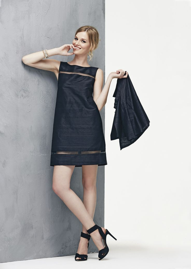 Trapezoid black shantung silk dress with transparent lines, completed with bolero cloak www.donnedasogno.it