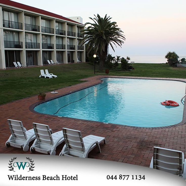 Welcome to a magnificent Wilderness winter sunrise. Wilderness Beach Hotel is looking forward to fabulous Friday. #destinations #sunrise #accommodation — at Wilderness (Western Cape).
