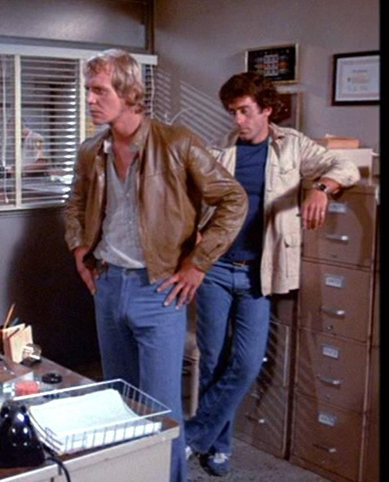 219 best images about starsky and hutch on pinterest tv series tv guide and crushes. Black Bedroom Furniture Sets. Home Design Ideas